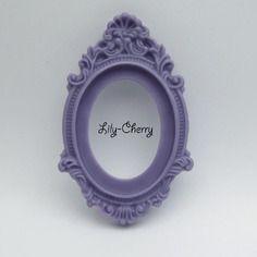 Support cadre baroque en résine violet mauve x1