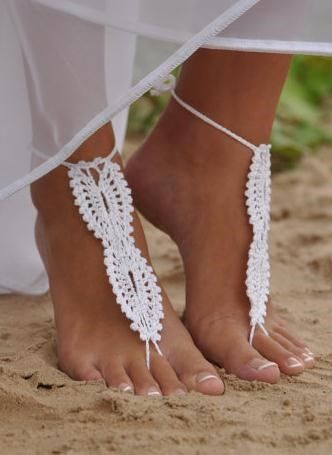 "To crochet: ""barefoot sandle""  or ""foot thong"""