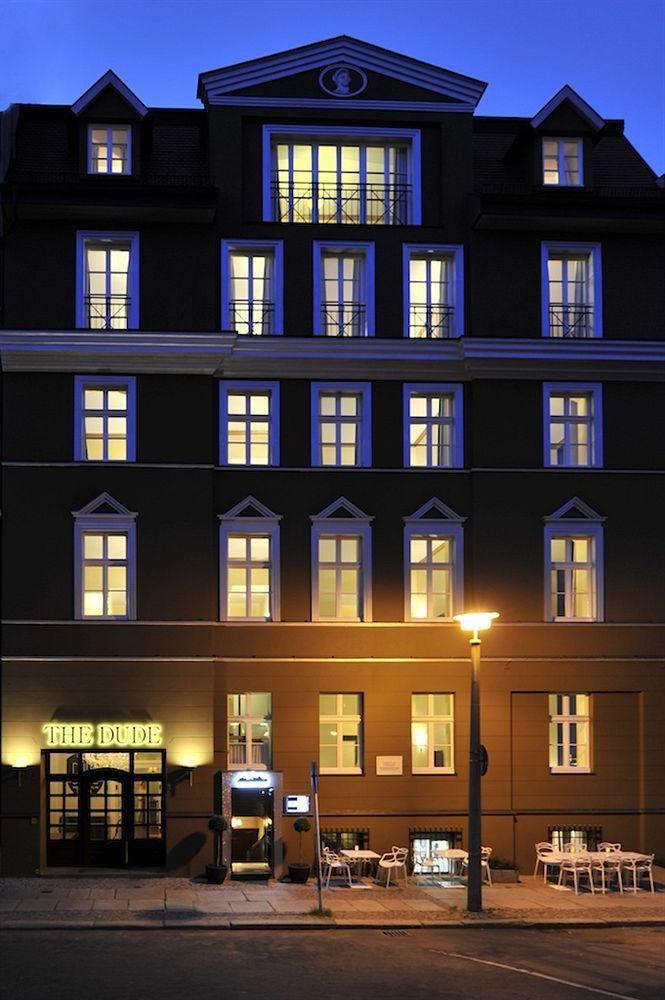 86 best berlin germany images on pinterest berlin germany berlin hotel and brandenburg gate. Black Bedroom Furniture Sets. Home Design Ideas
