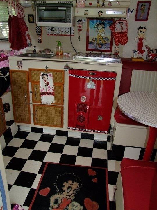 Betty Boop Someone Really Loves Red Kitchen Pinterest Vintage Trailers And Pictures
