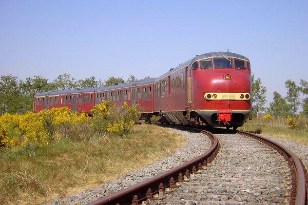 Afbeeldingsresultaat voor trein budel