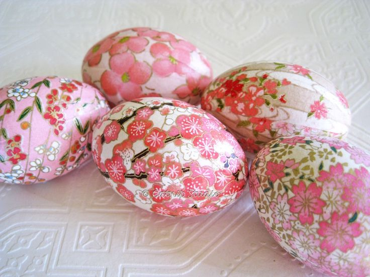 so pretty...tissue paper mod podged onto the shell is pretty to find....and if the shell is empty, then pretty to keep!
