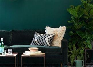 De lente is weer in volle gang en wij genieten er met grote teugen van. Wil jij je interieur lenteproof maken? Kies dan eens voor een groene kleur, inspiratie nodig? Kijk dan snel naar deze 10 mooiste groene interieurs.