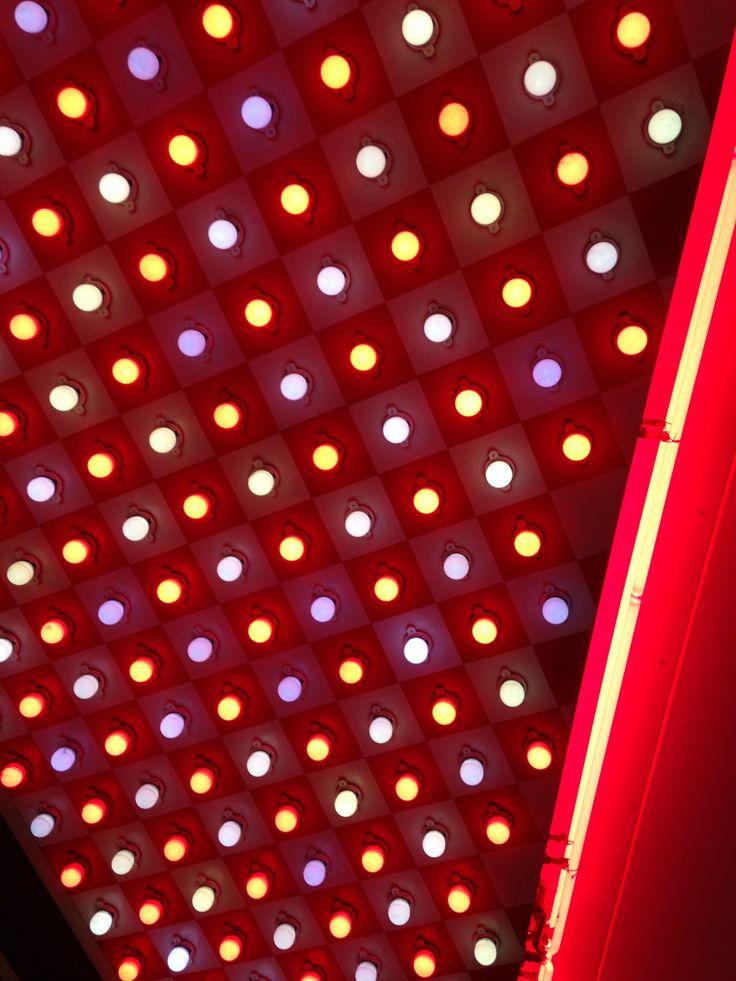 red, lights, broadway, photo by massimo polvara