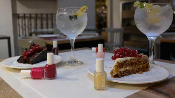 cakes&tonics
