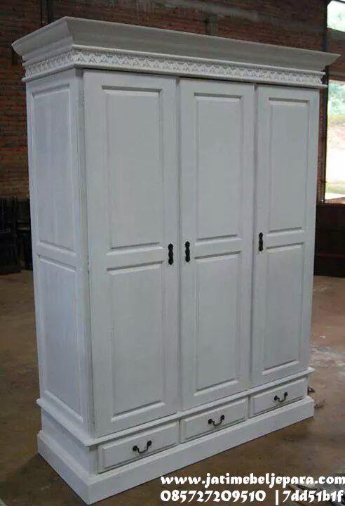 lemari baju 3 pintu tiga laci duco http://www.jatimebeljepara.com/almari-pakaian/lemari-pakaian-3-pintu-tiga-laci-duco