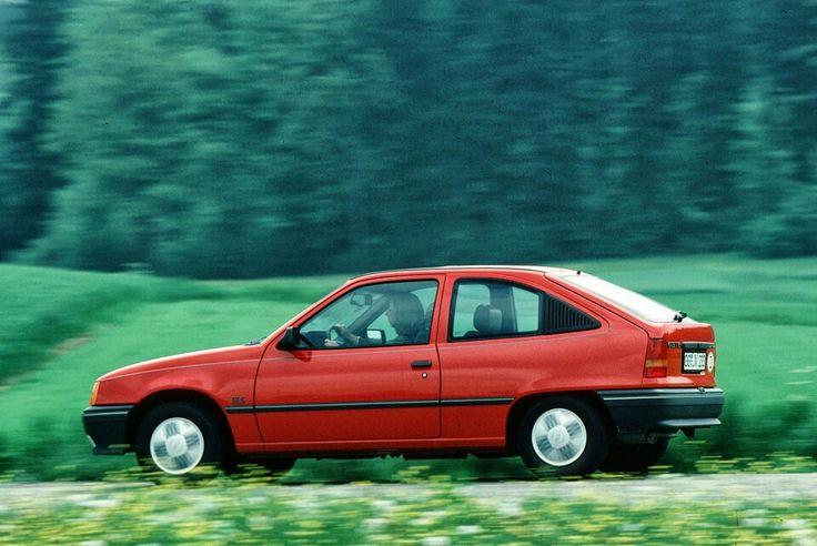 Opel Kadett E GSI 2-Dr. Hatchback Cpe. driven at speed