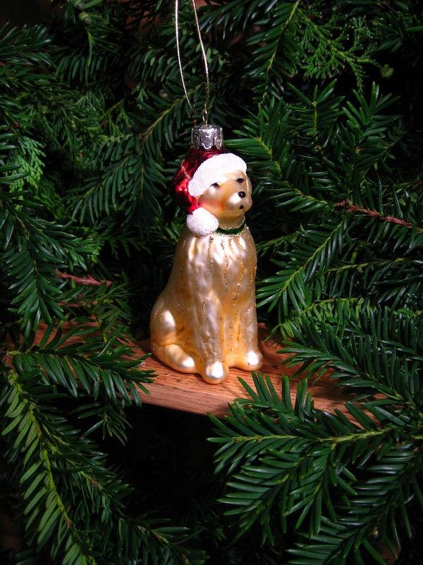 Beautiful Golden Retriever Christmas ornament by Gisella Graham