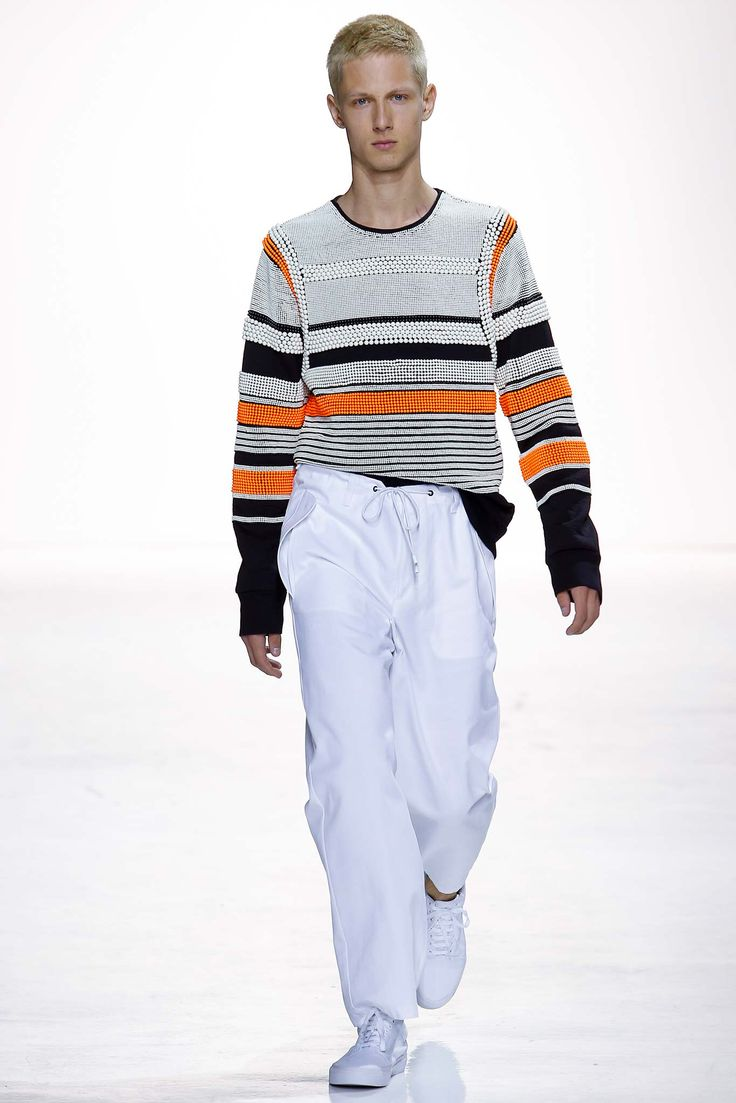 Tim Coppens, Look #1