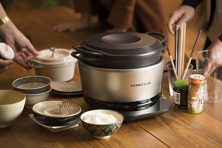 愛知県名古屋市で1936年に創業した鋳造メーカー・ドビーによる鋳物ホーロー鍋「バーミキュラ」。無水調理を可能にする技術などを総動員し、最高の温度で炊ける炊飯器「バーミキュラ ライスポット」をレビューします。
