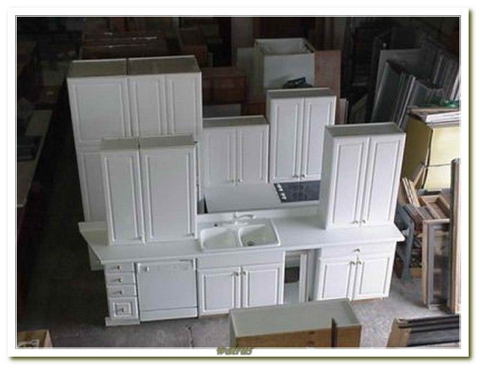 Used white kitchen cabinets for sale antique white for Small kitchen cabinets for sale