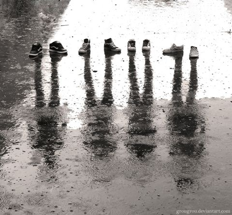 Untitled inspiration: Shoes, Photo Ideas, Inspiration, Owl Crafts, Families Photo, Cool Ideas, Sneakers, Rain, Shadows