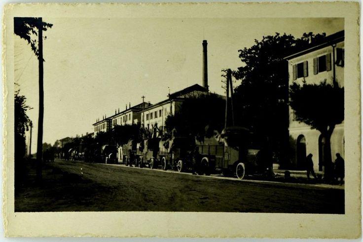 Cartolina Formato Piccolo - Fabbrica Birra Moretti - Durante L Invasione Viale
