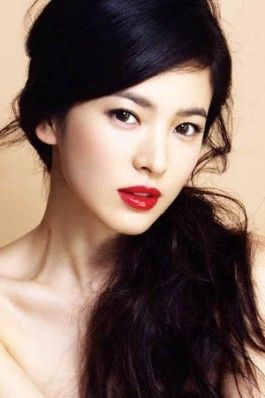 Red lip...orangey undertone for fair Asian skin