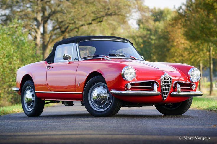 Alfa Romeo Giulietta Spider, 1961.P&B.