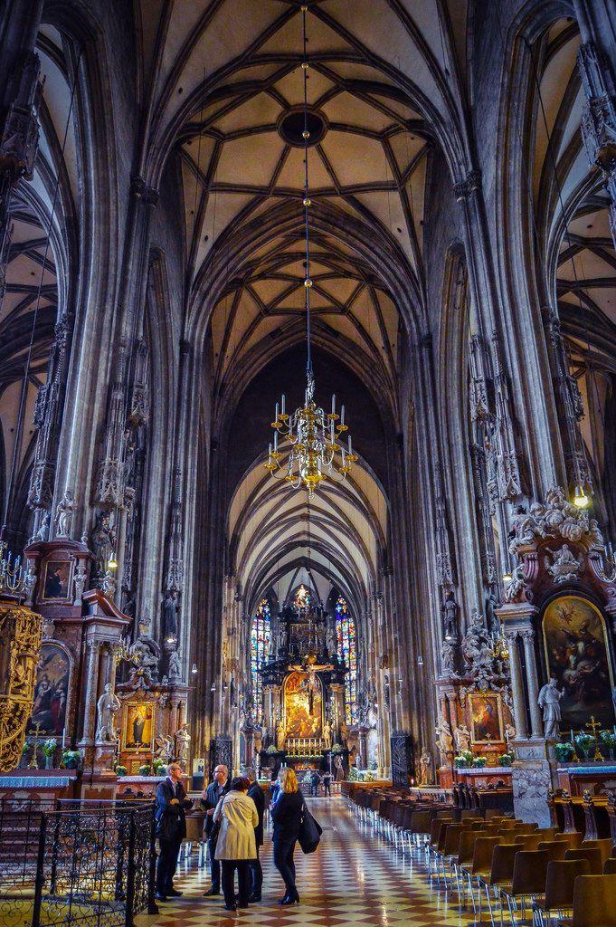 Interior de la Catedral de San Esteban de Viena (Vienna - Austria)