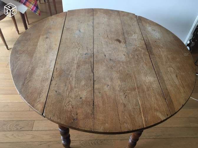 Table ronde ancienne en bois a rabats