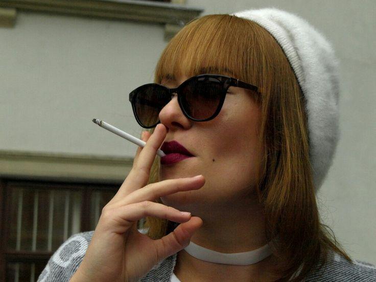 #smoke #smoking #darklips #beret #lovr