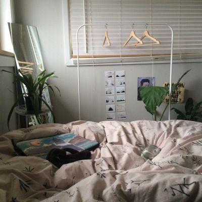 Best 25 aesthetic bedroom ideas on pinterest aesthetic for Scene room ideas