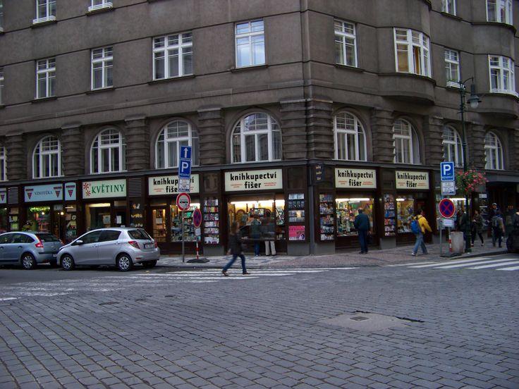 Knihkupectví Fišer, Kaprova ulice, Praha. 24. 12. 2016 bohužel končí po 80ti letech