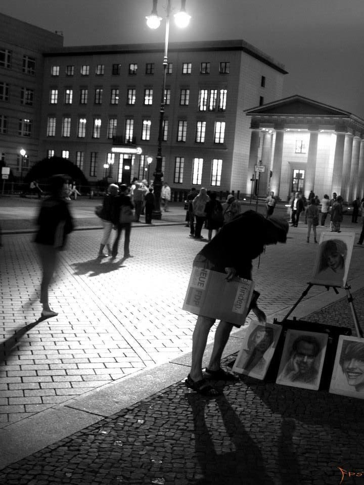 Berlin nachts, Effects of light at night Berlin. Brandenburger Tor