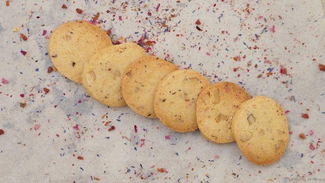 Laskominy od Maryny: Sušenky Všechno nejmilejší s polentou a ořechy