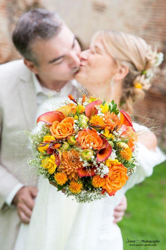 Les 25 meilleures id es de la cat gorie bouquet de rose for Bouquet de fleurs orange et jaune
