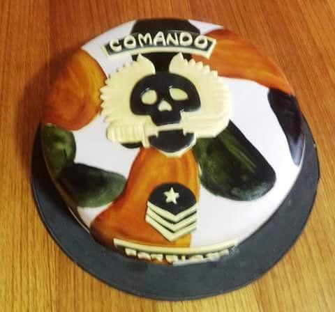 #Comando #fondant #cake by Volován Productos  #instacake #puq #Chile #VolovanProductos #Cakes #Cakestagram #SweetCake