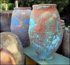 17 best images about antique pots on pinterest gardens antiques and terracotta pots. Black Bedroom Furniture Sets. Home Design Ideas