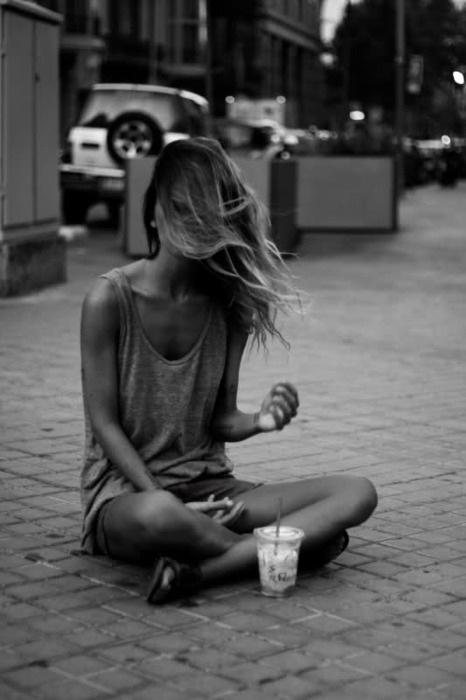 Sit.Girls, Fashion, Inspiration, Style, Beautiful, Black White, Summer, Hair, Photography