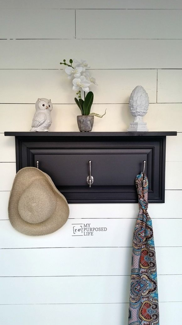 Four easy cabinet door projects will inspire you to think outside the box and create some great home decor items with old cabinet doors.