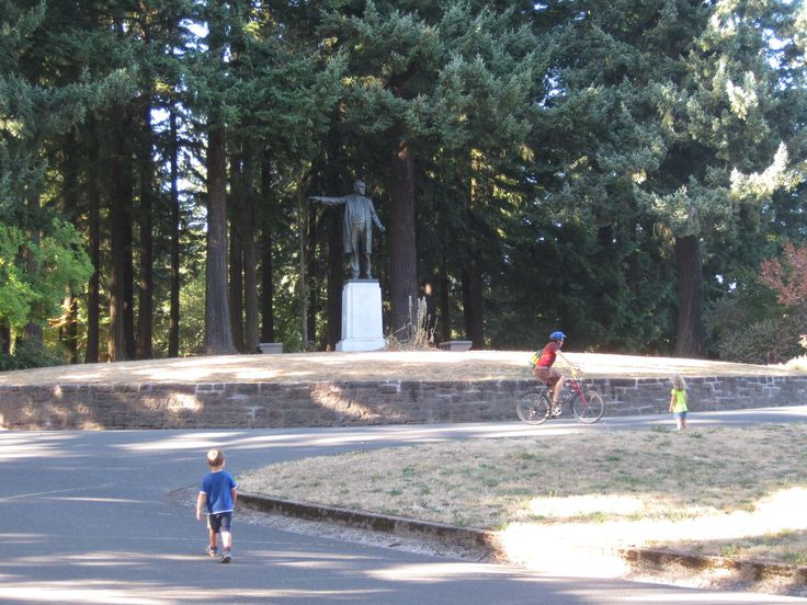 Above the City on Mount Tabor | The Intertwine RB Scott
