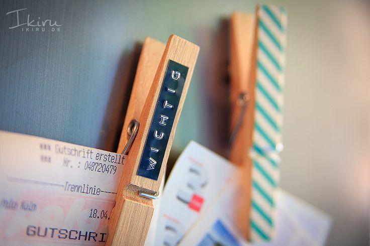 Kreative Ideen mit Dymo-Labels: Wäscheklammern bekleben