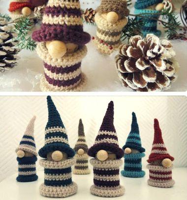 Crochet bobbin Christmas gnome (free video tutorial) // Spulni manó - horgolt manó karácsonyfadísz (videó horgolásminta) // Mindy - craft tutorial collection // #crafts #DIY #craftTutorial #tutorial #amigurumi #crochet #freeCrochetPattern #freeAmigurumiPattern
