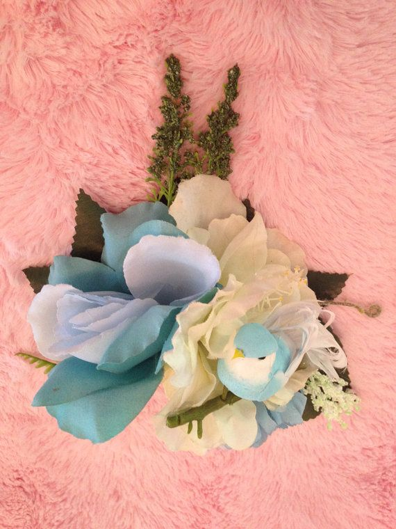 Rockabilly Pinup Bluebird Flowers Large