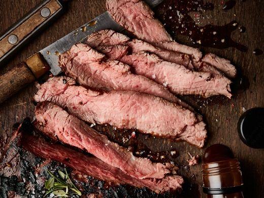 Flank steak na grilu - Recepty na každý den