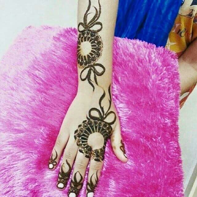 Beautiful arabic henna