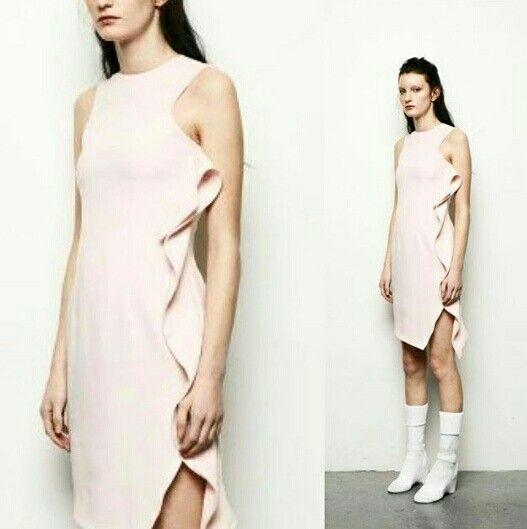 This is Leminda dress. Isn`t it just like a marshmellow? #sofo #sofopopup #popup #popupstore #popupshop #popupandshowroom #ea4th #lemindadress #pink #ss16 #springsummer16 #justlikeamarshmellow #dress #shoppinginsofo #shoppinginsödermalm #södermalm #stockholm #sweden #buyonline #shoponline #linkinbio #oneclickaway #welcometoourshop #welcome #welcometoourshop #katarinabangata44 #swedishfashiontalents #swedishfashion #scandinaivianstyle #scandinaiviandesign #nordicdesign #nordicfashion