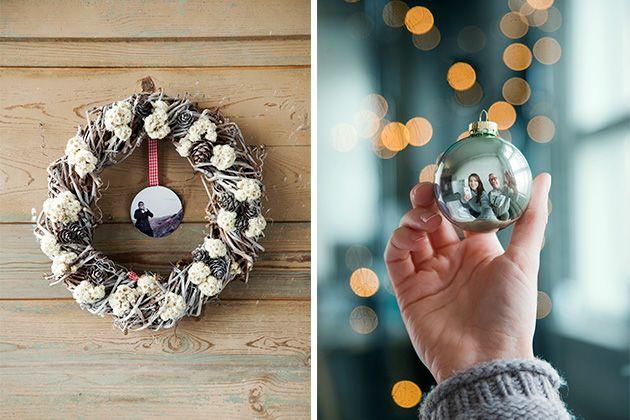 Kuvaidea joulukorttiin! Ripusta ovikranssin sisälle valokuvasta tehty joulupallo, josta kortin antaja kurkistelee. Tai ota selfie joulupallon kautta. http://www.ifolor.fi/inspire_10_joulukortti_ideaa_joulu_aikuisten_kesken