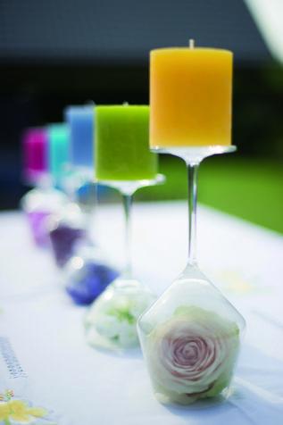 Bicchieri per decorare la tavola: casa creativa