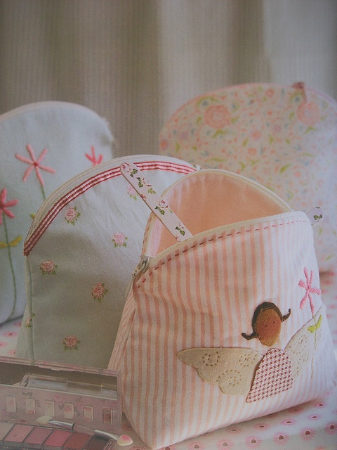 Pouches by *Vintage Fairytale*, via Flickr