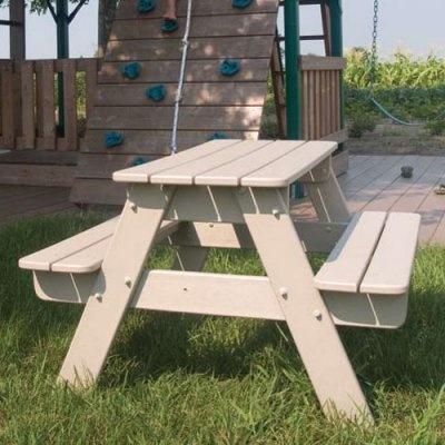 25 unique kids outdoor furniture ideas on pinterest playhouse slide pallet ideas for. Black Bedroom Furniture Sets. Home Design Ideas