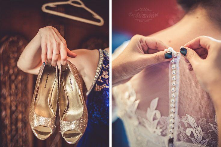 Wedding shoes, wedding dress / buty ślubne, suknia ślubna | Kamila Panasiuk Fotografia ślubna