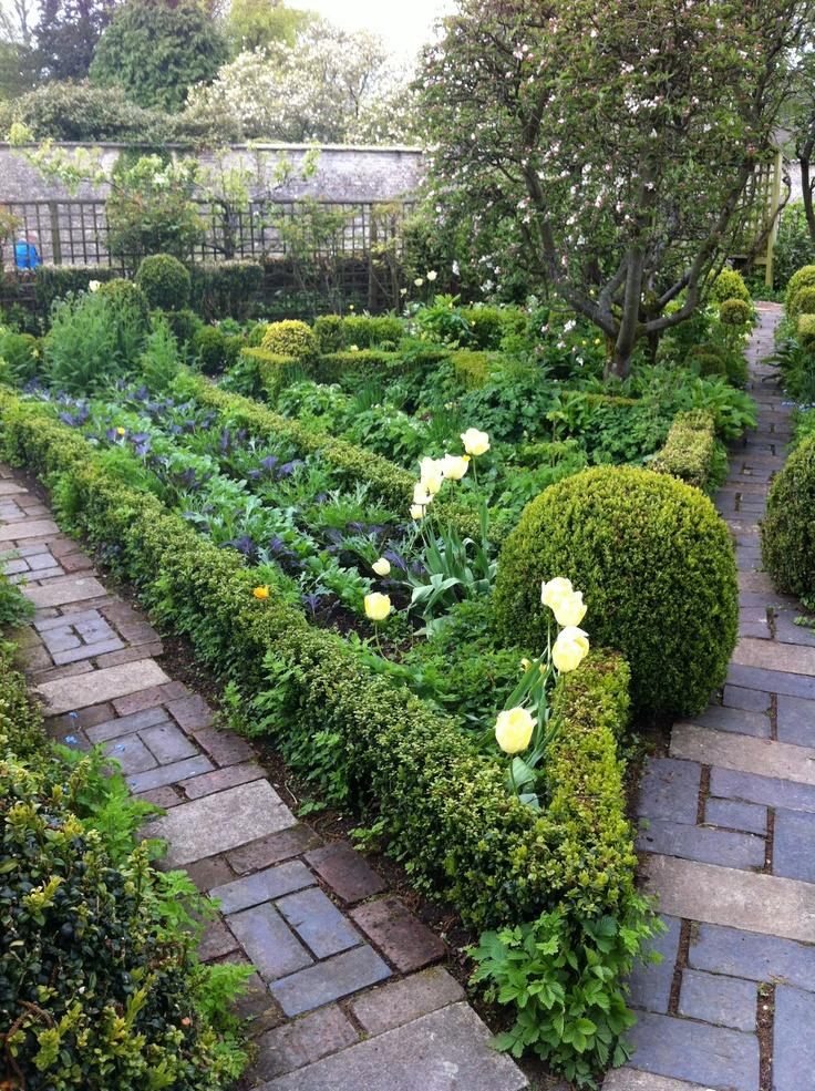 404 best Garden Potager images on Pinterest Veggie gardens