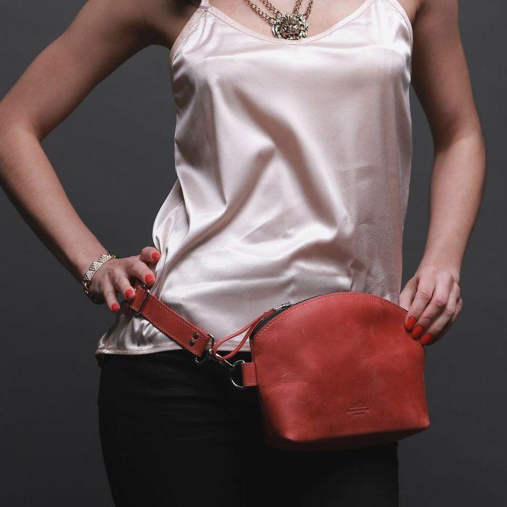 Kožená dámská kabelka - červená