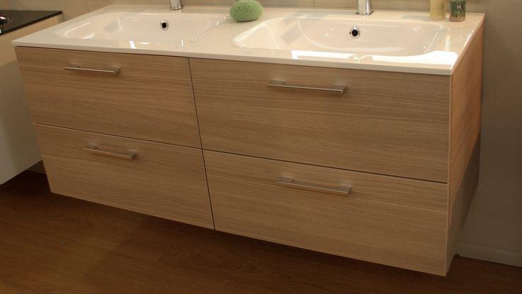 ... Doppi lavandini, Doppio lavandino del bagno e Doppio lavabo da bagno