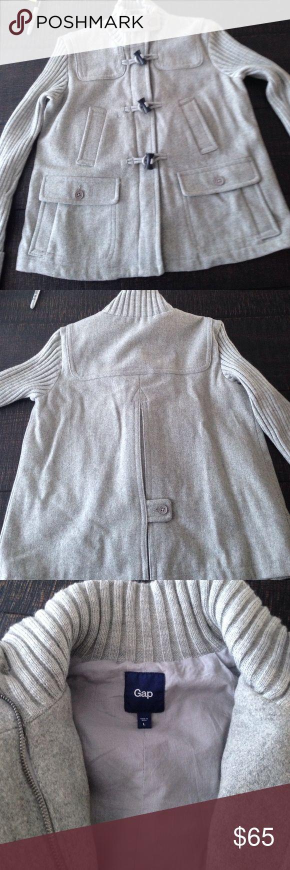 Gap coat Beautiful condition! Lightly worn. Shell 80% wool. 20% nylon. Body lining 100% cotton. GAP Jackets & Coats