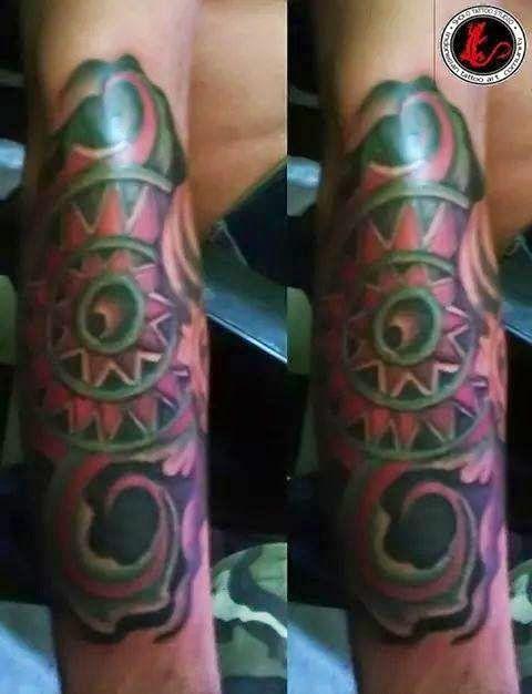Batik Tattoo Colour Shoko Tattoo - Shoko Tatto Studio