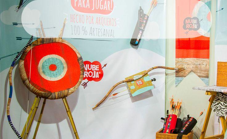 ARCOS NUBE ROJA  Arcos y flechas artesanales para jugar. Tiro con arco para chicos, con flechas inofensivas.