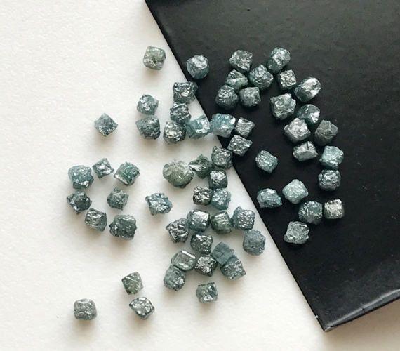 WHOLESALE 10 Pcs Blue Rough Diamond Box Cubes by gemsforjewels